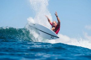 KELLY SLATER AKAN BERSAING DI ISA WORLD SURFING GAMES 2019