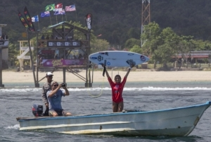 Pemenang Final Rip Curl GromSearch Internasional 'Girls'