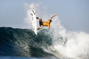 John John Florence é lider do ranking mundial da World Surf League