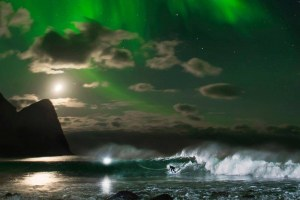 Mick Fanning: Northern Lights, camera, action!