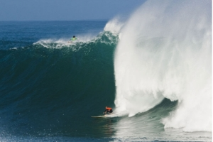 MCNAMARA BELIEVES KELLY SLATER WILL DOMINATE THE BIG WAVE WORLD TOUR